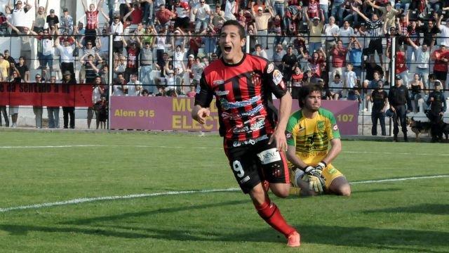 """<p>Encaminado. El """"Chueco"""" Carrasco rescindió su contrato con Patronato de Paraná.</p>"""