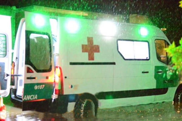 <p>Traslado. La menor fue llevada urgente en una ambulancia.</p>