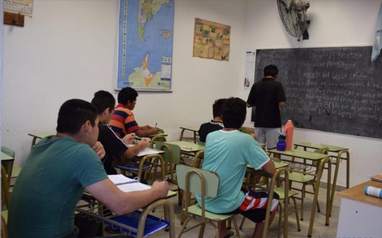 <p>Estad&iacute;a. En el Centro de Contenci&oacute;n Juvenil de San Cayetano brindan talleres y clases a los chicos.</p>
