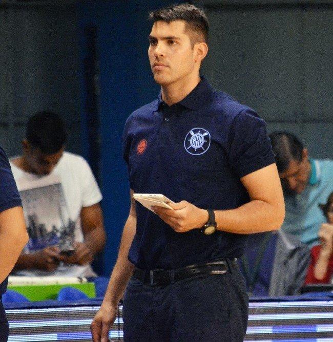 <p>Entrenador. Franco Gutiérrez estará al frente de Corrientes Básquet en la Liga Femenina.</p>