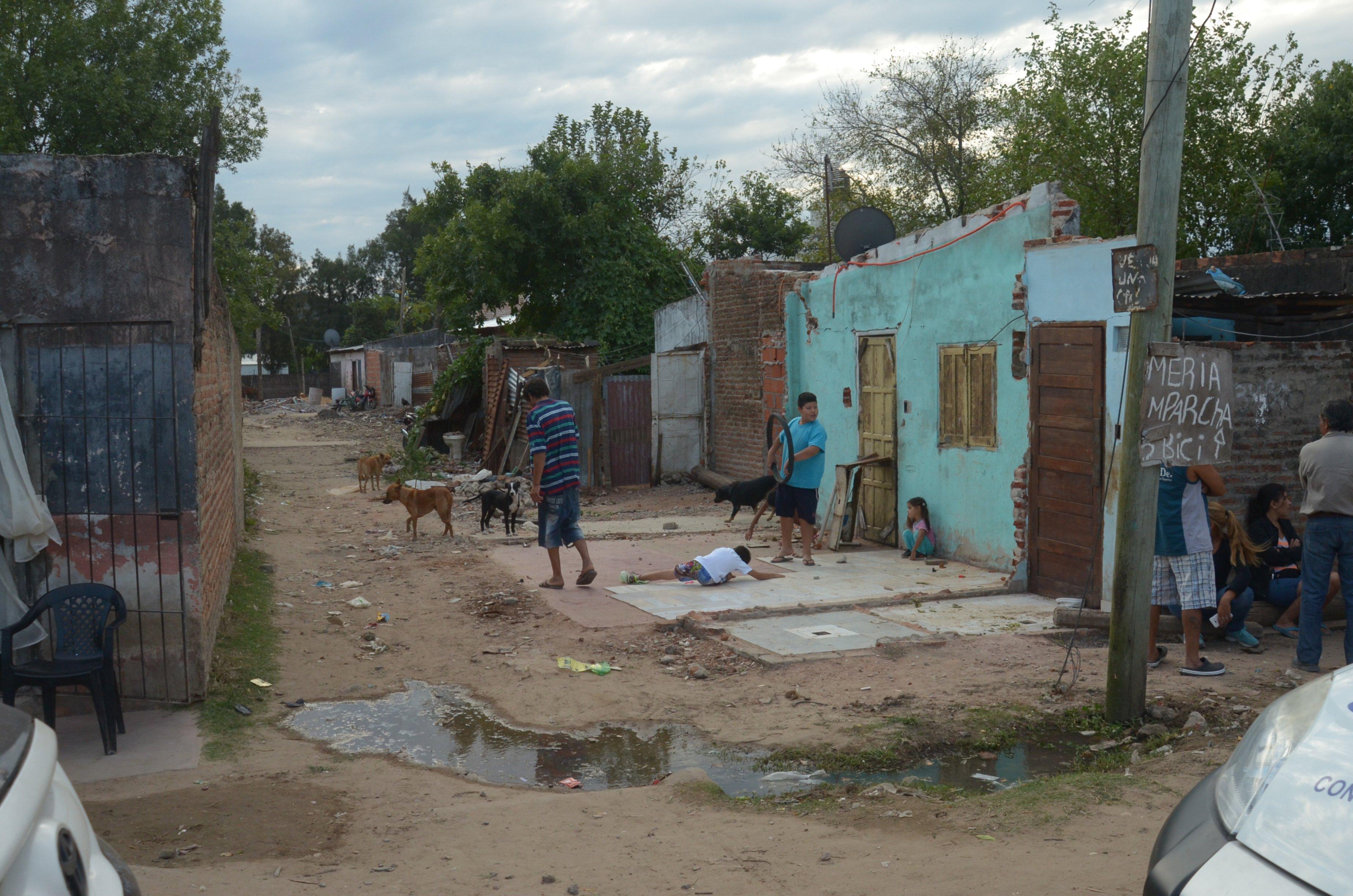 <p>En la ciudad. El Patono es uno de los barrios donde se reflejan los indicadores del pobreza.</p>