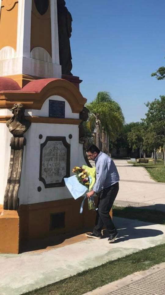 """<p>""""Solo, por todos"""". Así publicó el Intendente de Santa Lucía en alusión al homenaje a desaparecidos, en plena cuarentena.</p>"""