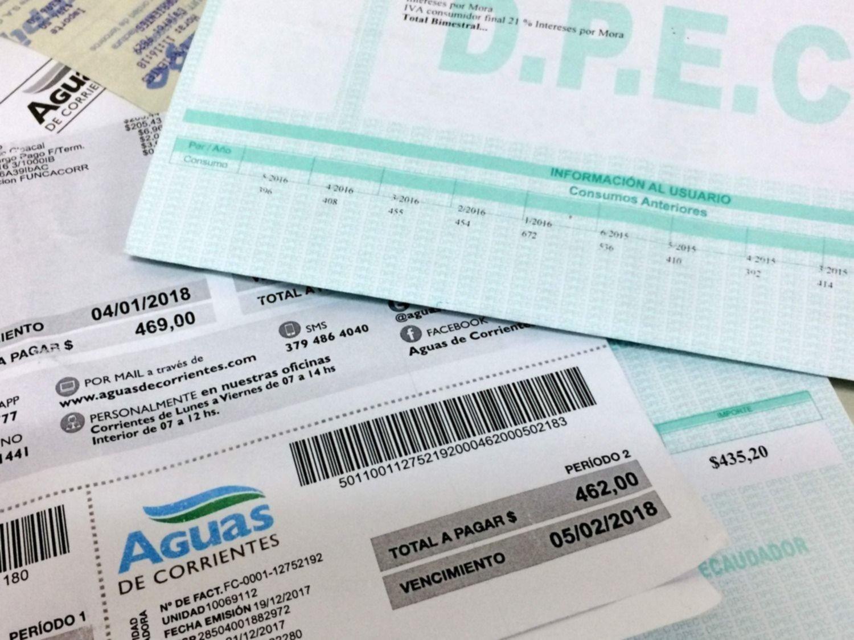 <p>Tarifas. En Corrientes los aumentos en las boletas de luz y agua comenzaron a percibirse en el primer trimestre de 2018.</p>