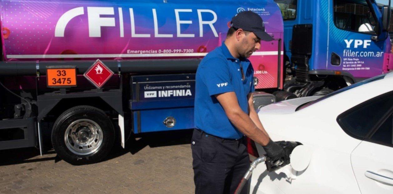 <p>A domicilio. YPF analiza la venta de combustible mediante delivery.</p>