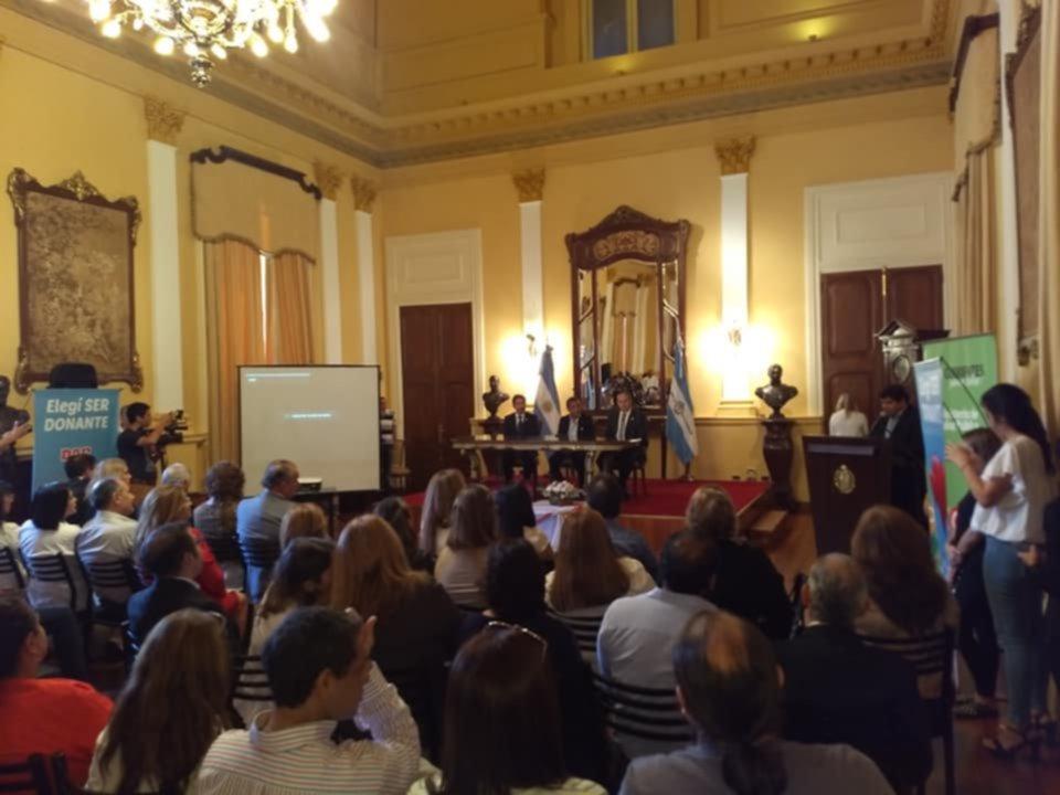 <p>Acto. Se realizó ayer a las 11 en Casa de Gobierno.</p>