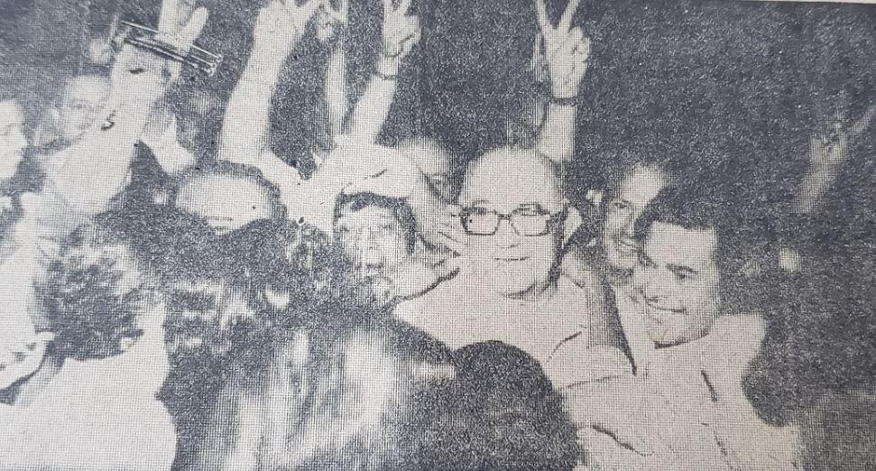 <p>Alegría. La sonrisa de Julio Romero el 15 de abril de 1973 sería la última de un candidato peronista por ahora.</p>