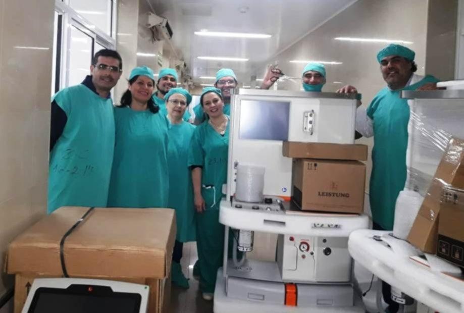 <p>Entrega. Nuevo equipo para continuar con las cirugías.</p>