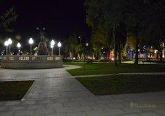 "Plaza 25 de mayo de noche  - PH: ""Cacho"" Monzón"