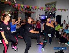 Zumba Fitness en by Perfomance Gimnasios