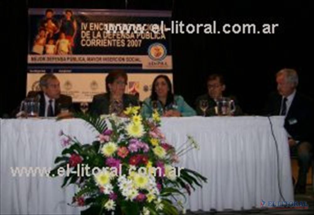 Referentes de Argentina, Paraguay, Uruguay y Brasil se refirieron a la importancia de una entidad que nuclee a los defensores públicos de un país.
