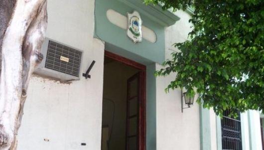 Corrientes: Denunció que sujeto abusó de su hija pero sigue libre