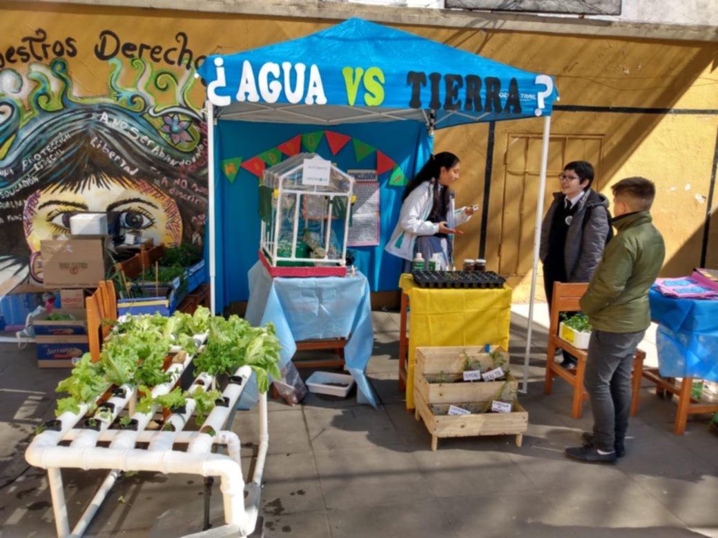 <p>Variedad. En la Escuela Belgrano los estudiantes presentaron diferentes tipos de proyectos.</p>