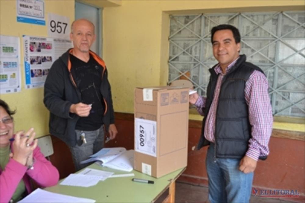 GOYA. Juan Domingo González del FPV y Jesús Méndez (ECO). (Fotos powernoticias.com)