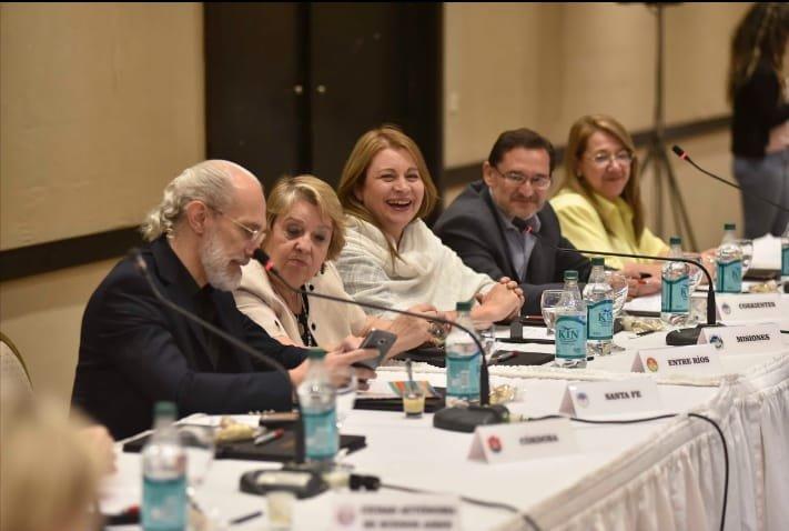 <p>Encuentro. El subsecretario de Educación de la Provincia participó del Congreso Federal en Catamarca.</p>