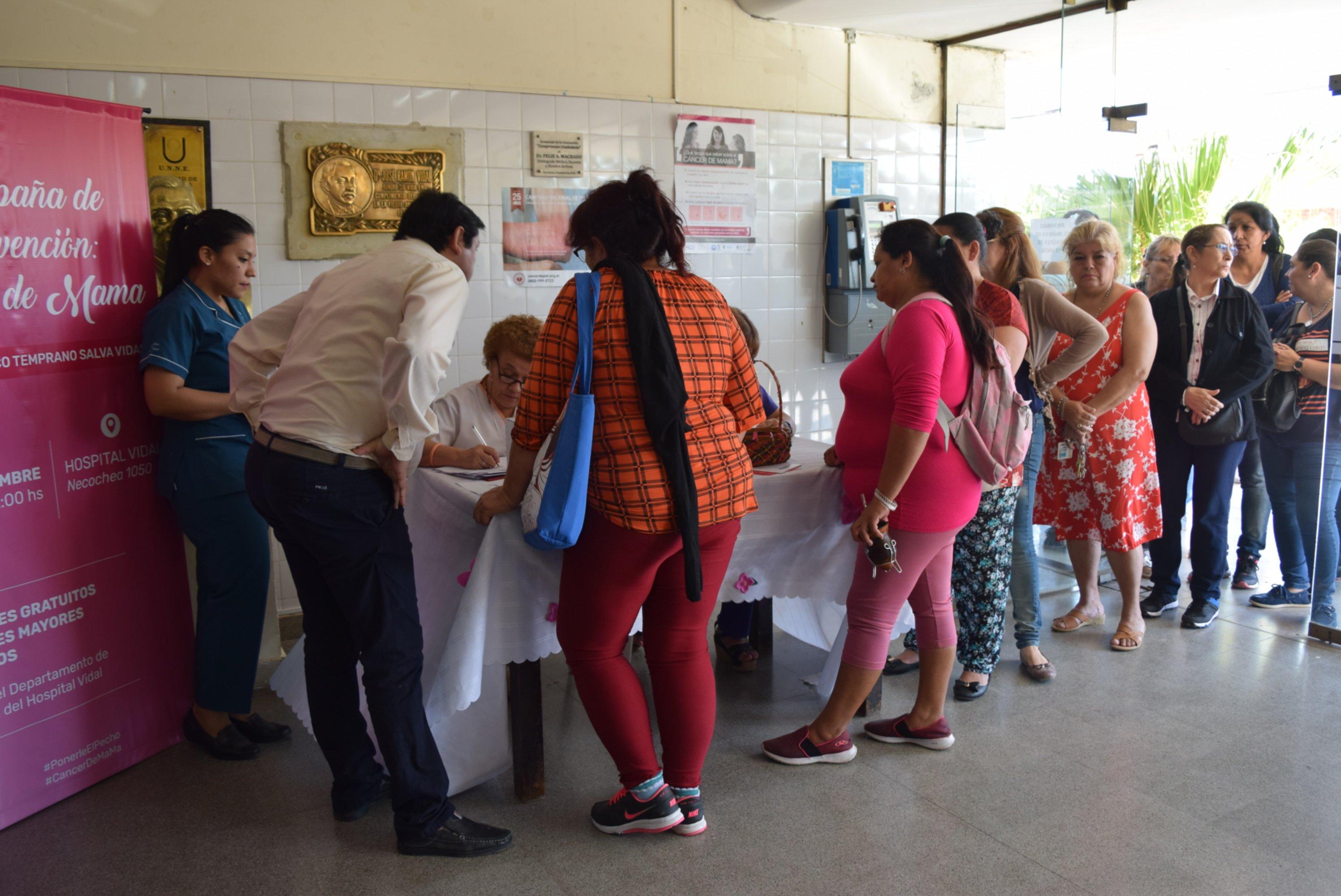 <p>Hospital. Sostienen que la asistencia de mujeres a los controles sobrepas&oacute; las expectativas en la semana dedicada al c&aacute;ncer de mama.</p>