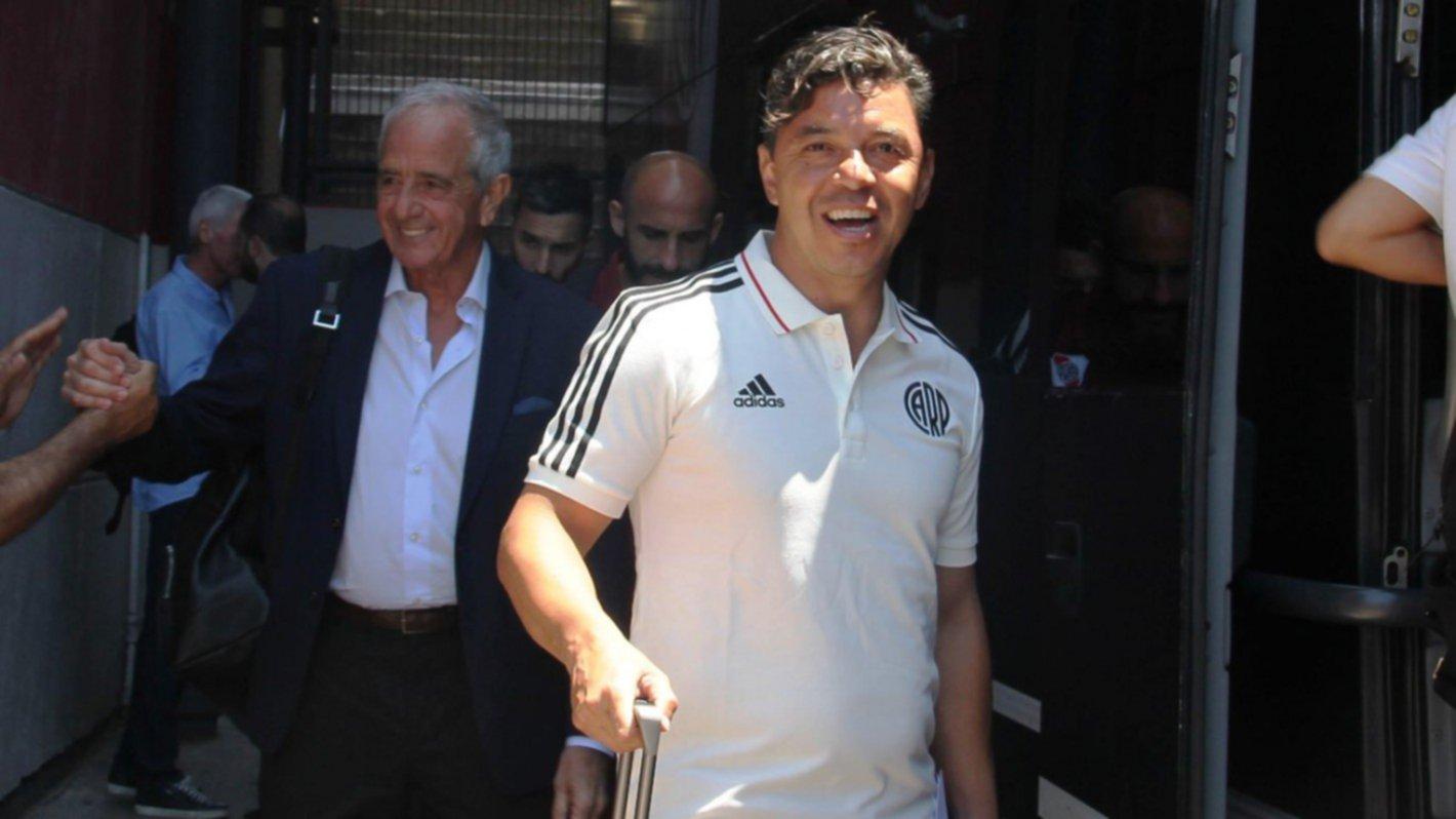<p>Disposición. Gallardo determinó que todos los jugadores profesionales del primer equipo viajen hasta la capital peruana.</p>