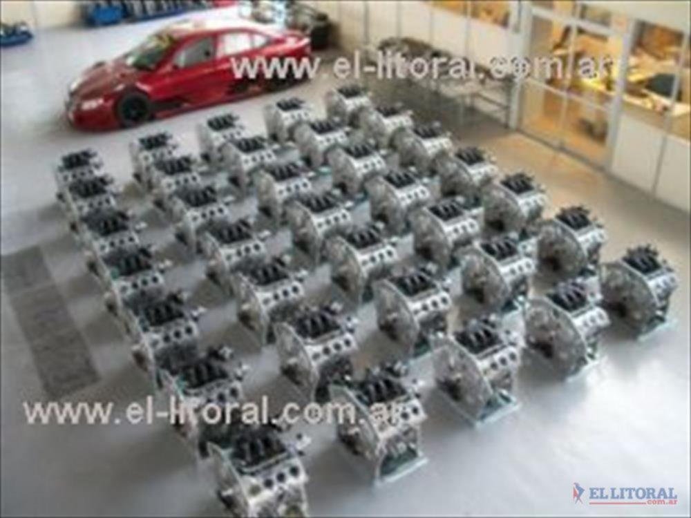 Los motores que contará el Top Race fueron fabricados por Oreste Berta y serán sorteados entre todos los equipos participantes.