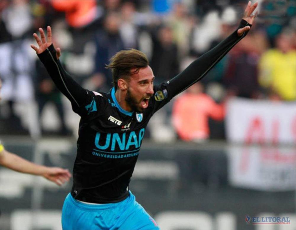 Festejo. Con Deportivo Iquique, Charles disputó la Copa Libertadores y la Sudamericana. GENTILEZA