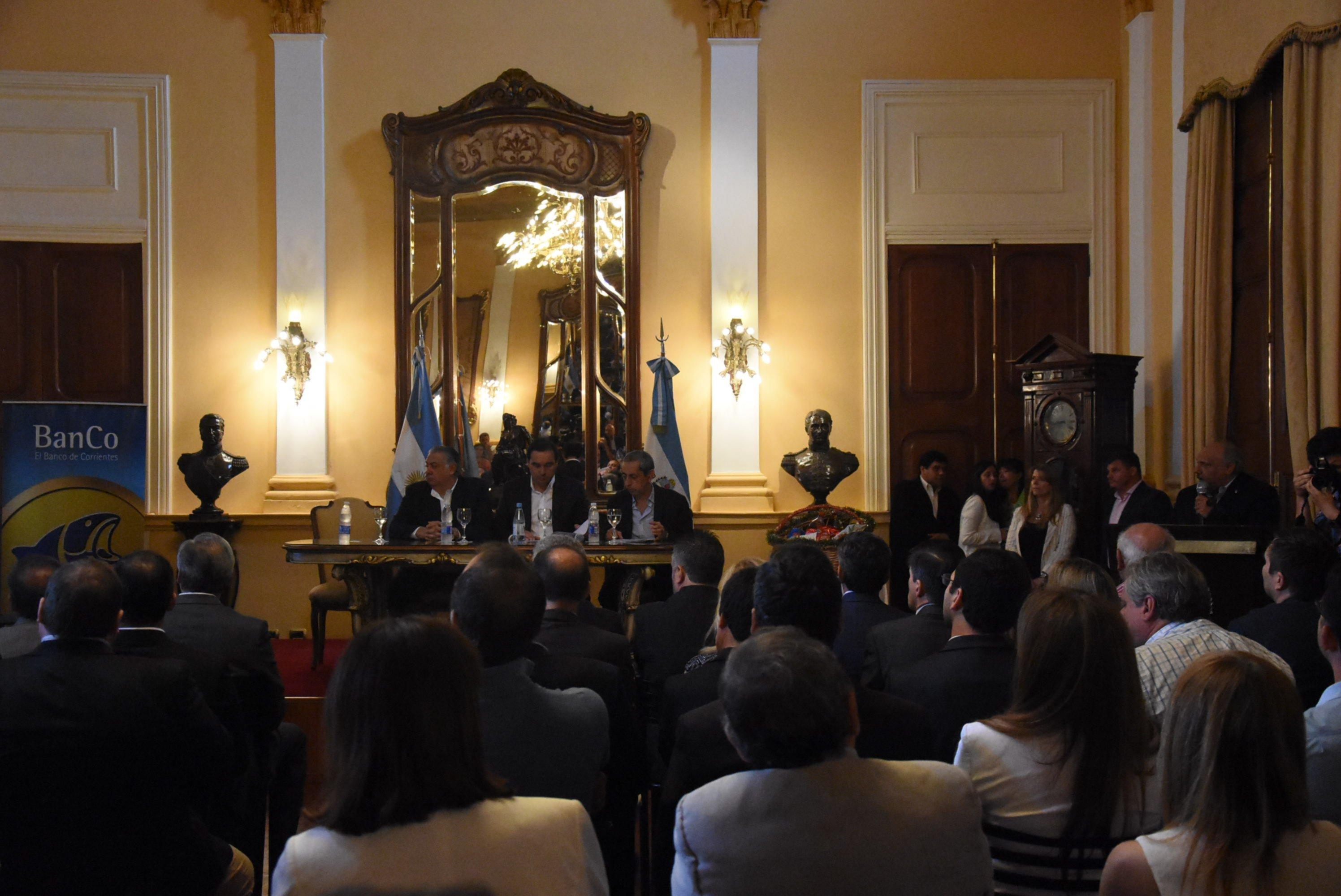 <p>Anuncios. En conferencia de prensa, el Gobierno dio a conocer una bater&iacute;a de medidas econ&oacute;micas.</p>