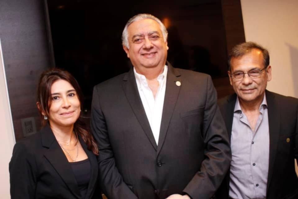 <p>Acto. La nueva funcionaria de Salud pertenece a Encuentro Liberal, partido que lidera Pedro Cassani.</p>