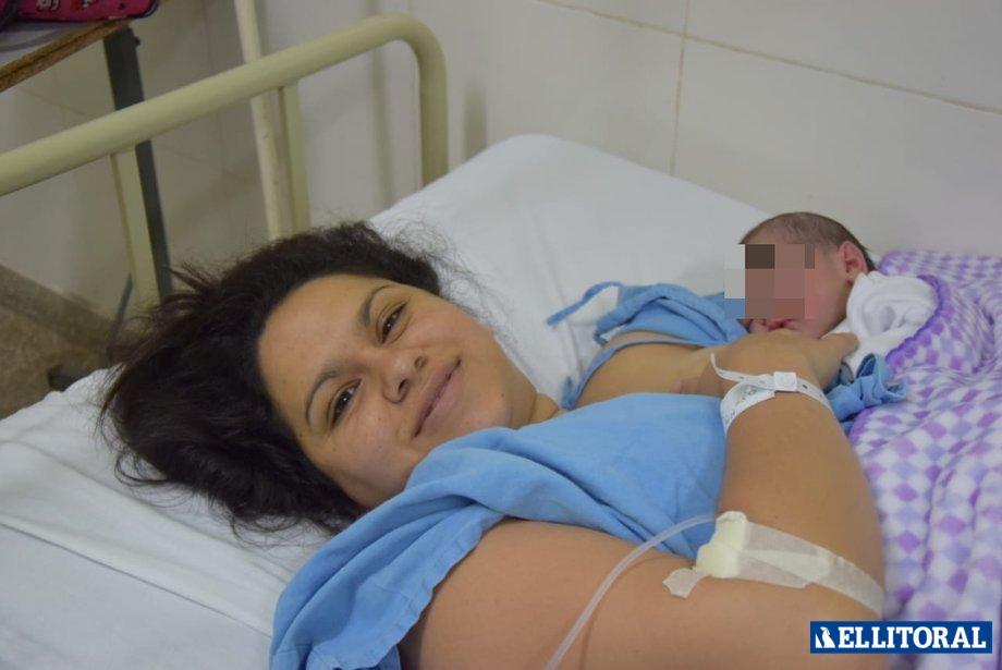 Oriana Meza, nació en el Hospital Llano. Fotos de Cacho Monzón.